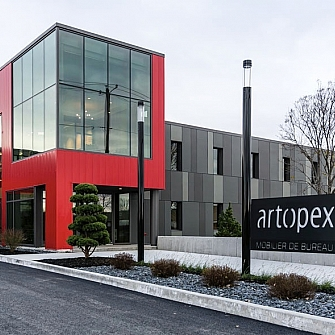 It is with pride that we announce today a partnership with one of the largest manufacturer of office furniture in North America, Artopex!